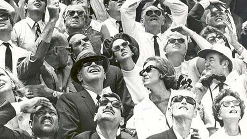 Apollo10-spectators-16x9.jpg