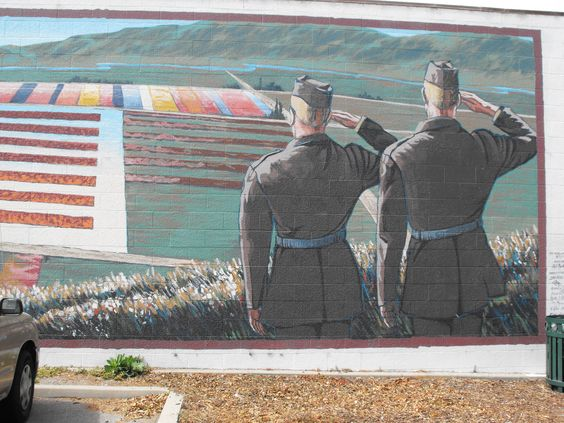 A street mural in Lompoc