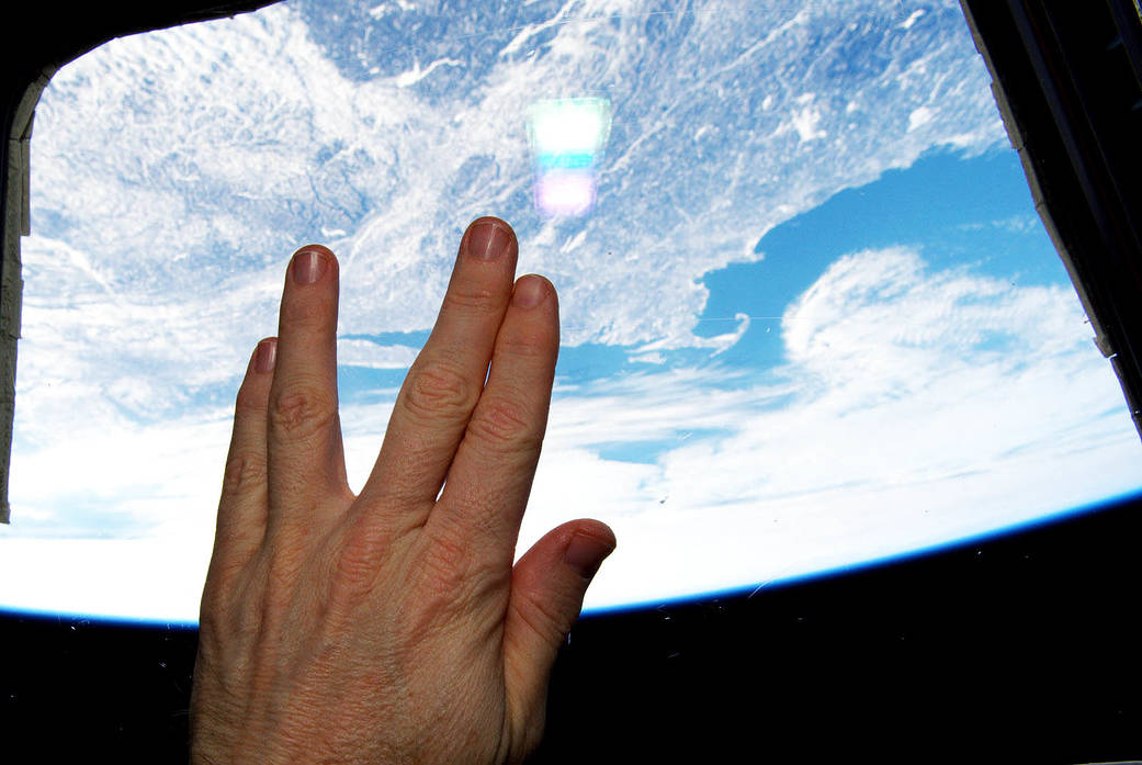Astronaut Terry Virts pays tribute to Leonard Nimoy
