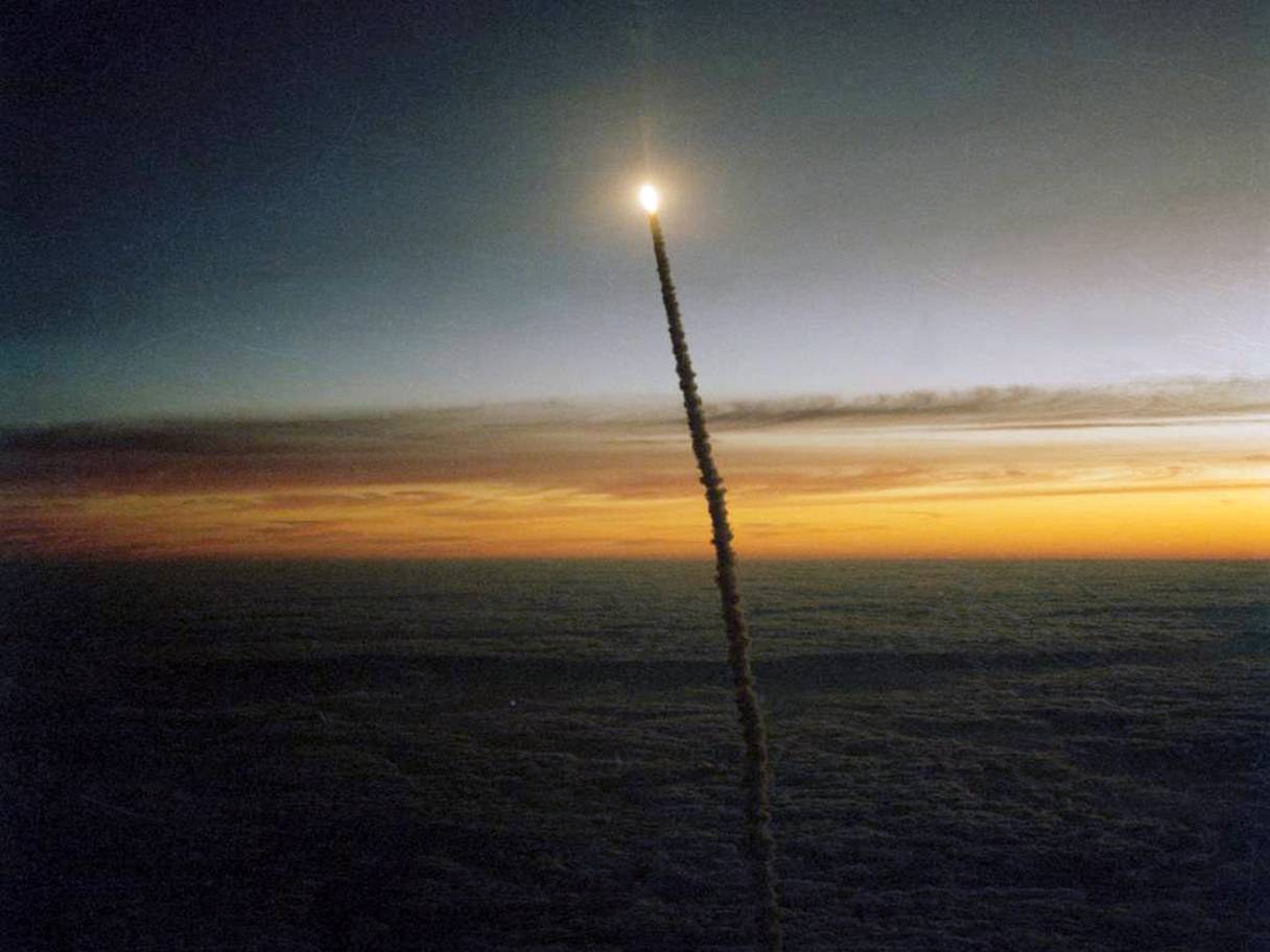 Celestis challenger memorial spaceflight launch at dawn
