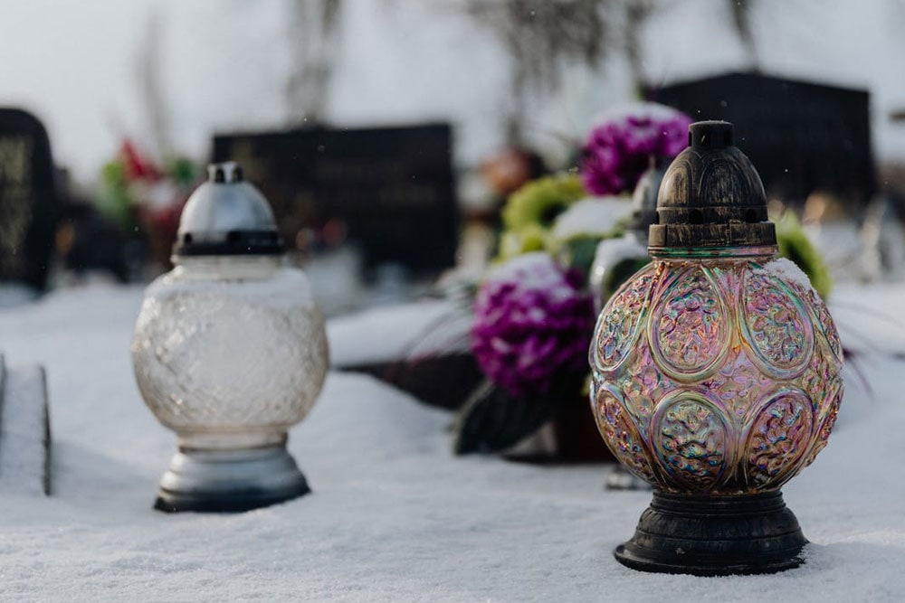 urns-for-loved-ones.jpg